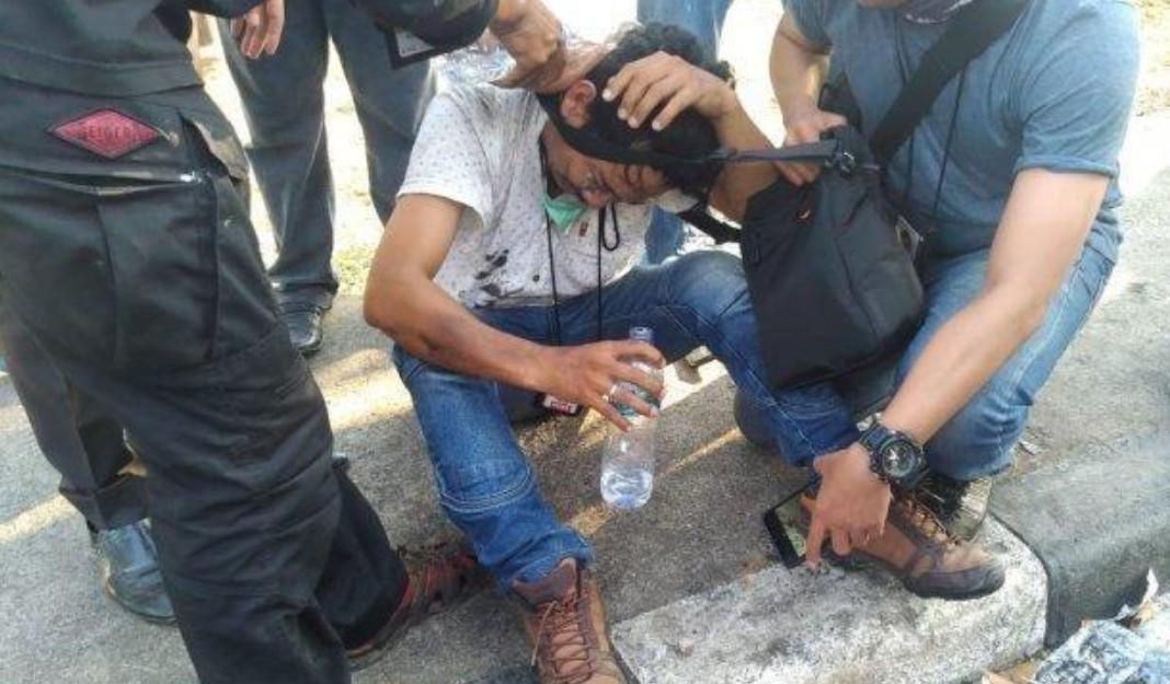 Aksi Keji Polisi Hantam Wartawan di Makasar Tuai Kecaman Dewan Pers