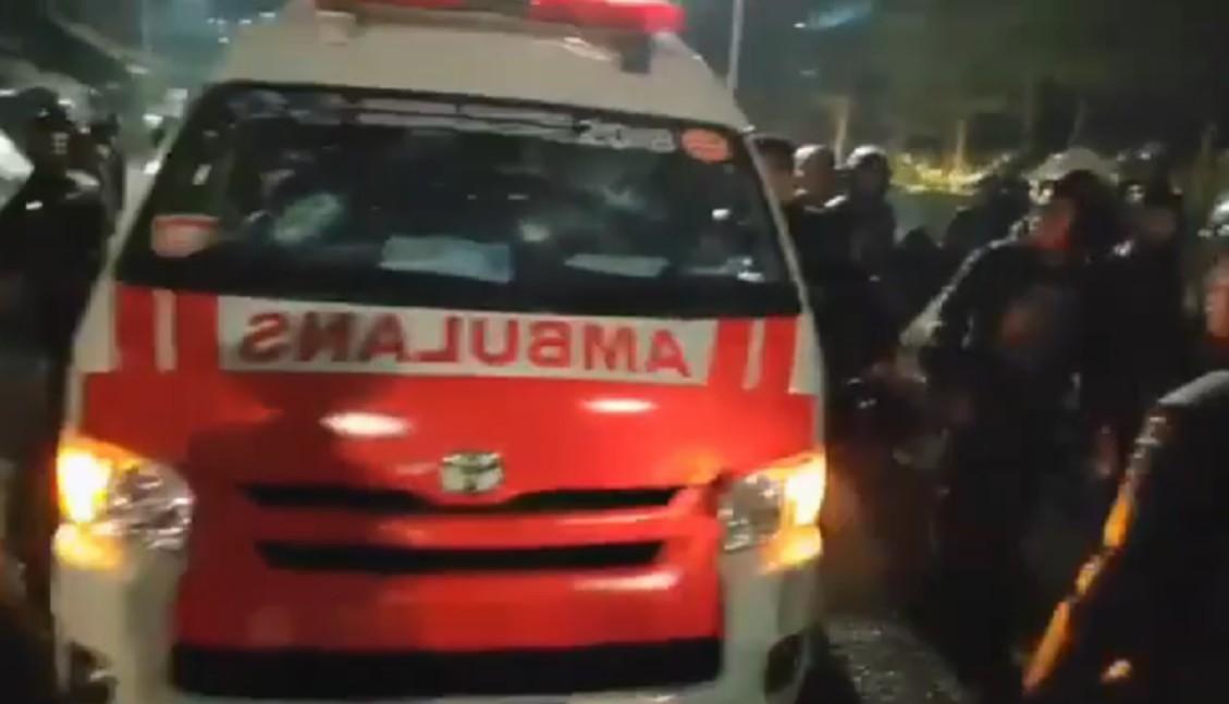 Ambulan Pemprov DKI 'Bawa Batu' Hilang di Twitter Muncul di Instagram