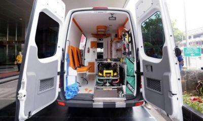 Polisi Klaim Ambulan Pemprov DKI Suplai Batu-Bensin, Netizen Tak Yakin