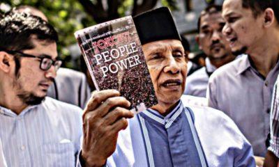 """Seloroh Amien Rais """"Kalau Rakyat Turun Kejalan Karena Sudah Lapar"""""""