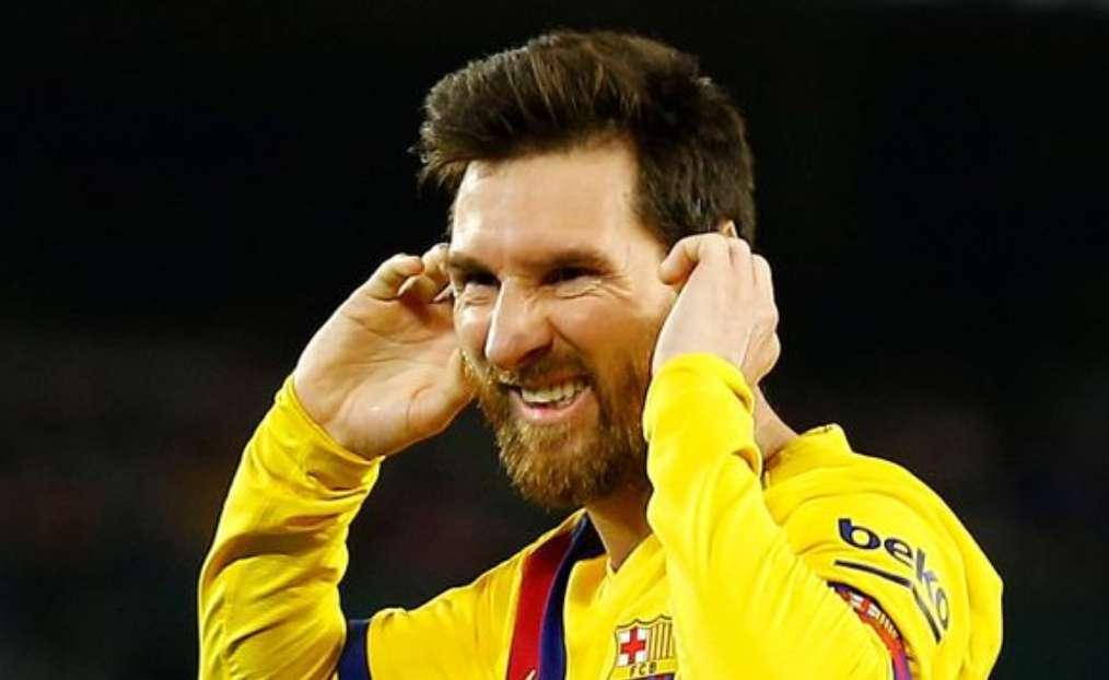 Messi Bantah Ingin Pergi Karena Barcelona Kalah Telak dari Bayern