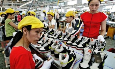 Akibat Covid-19, Pabrik Sepatu Adidas Di Sukabumi Lakukan PHK Massal