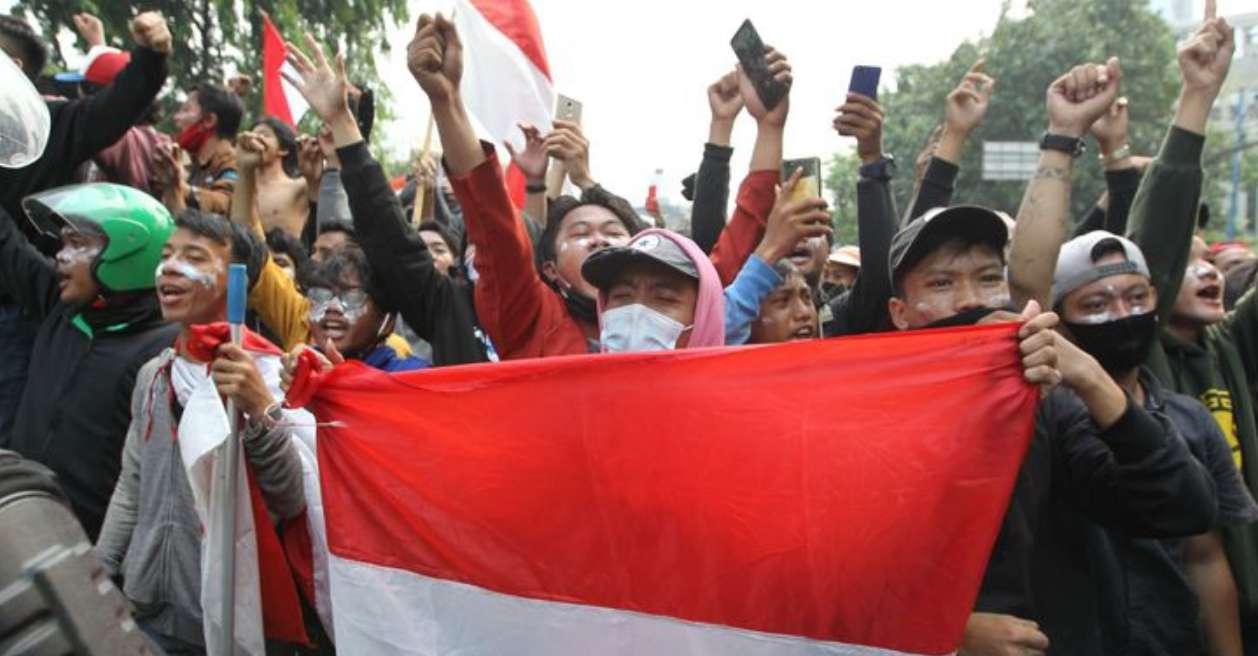 KontraS Jokowi Wajarkan Tindakan Represif Aparat saat Demo
