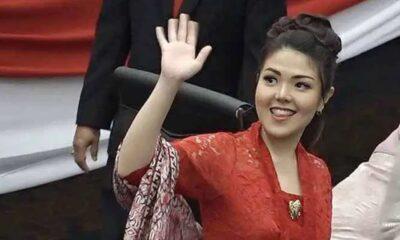 Netizen Tina Toon Kerjanya Hanya Ber-selfie Saja