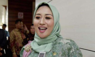 Istri Menteri Edhy, Iis Rosita Dewi Ikut Ditangkap KPK Di Bandara Soetta