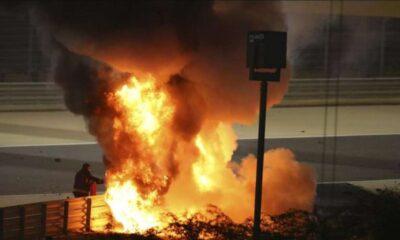Mobilnya Terbakar di F1 Bahrain, Romain Grosjean Lolos dari Maut