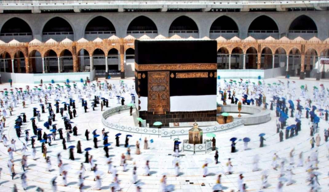 Umrah Kembali Dibuka, 253 Jemaah Indonesia Bertolak Ke Arab Saudi